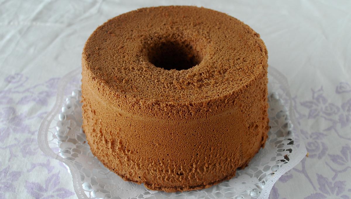 ケーキ ココア シフォン バレンタインに 基本のココアシフォンケーキ